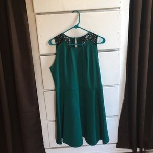 NWOT green dress with black lace detail